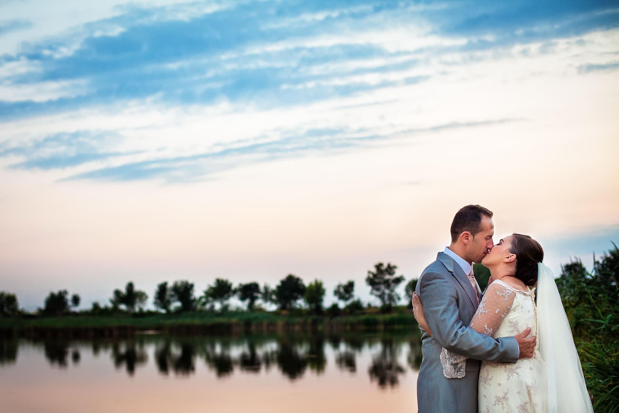 Elena+Madalin, fotografie de nunta, fotografii dupa nunta, fotograf de nunta Ploiesti, sedinta foto, wedding, after wedding, fotograf profesionist, sedinta foto nunta la apus de soare